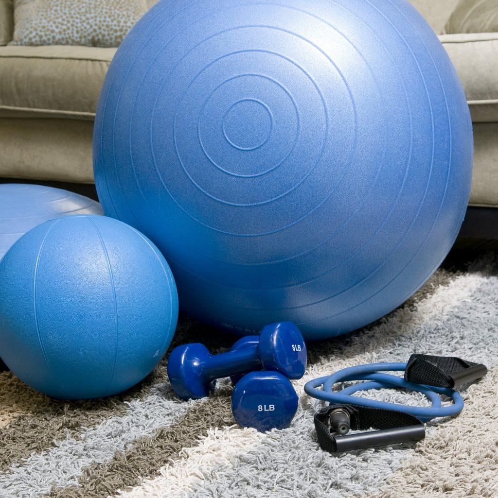 home-fitness-equipment-1840858_1920